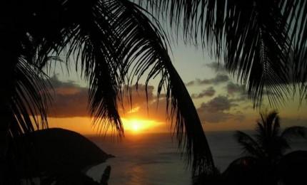 F1 avec vue et couchers de soleil magnifiques sur la plage de Grande Anse de DESHAIES