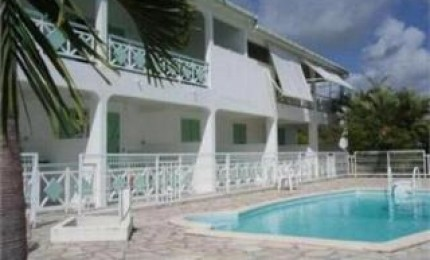 la Résidence le Zandoli, location à Sainte-Anne proche de la plage de Bois Jolan