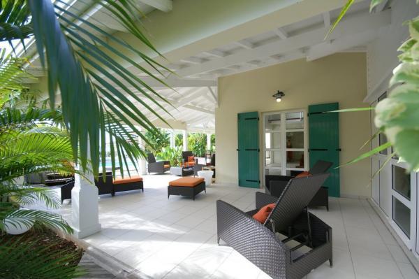Villa luxe guadeloupe saint fran ois guadeloupe location for Villa avec terrasse couverte